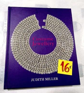 Costume Jewellery 16€ Judith Miller