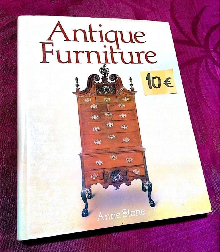 Antique Furniture 10€ Anne Stone