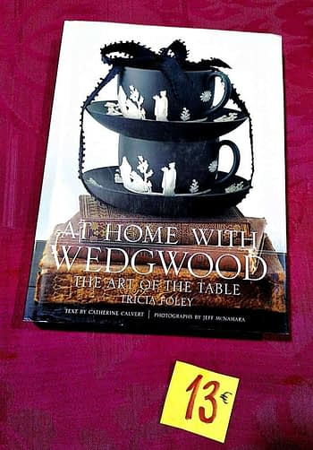 At Home With Wedgwood. The Art of The Table 13€ Tricia Foley