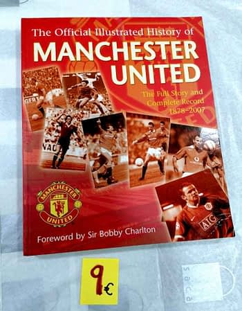 The Official Illustrated History of Manchester United. 9€